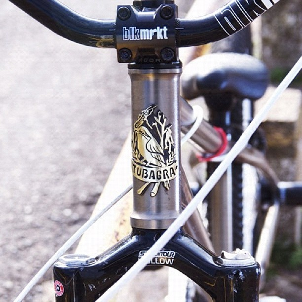 Bird motif bicycle head badge emblem by Rui & Aguri Fine Jewelry