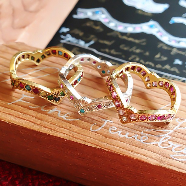 Colorful jewel crown motif gold wedding rings Rui & Aguri Fine Jewelry